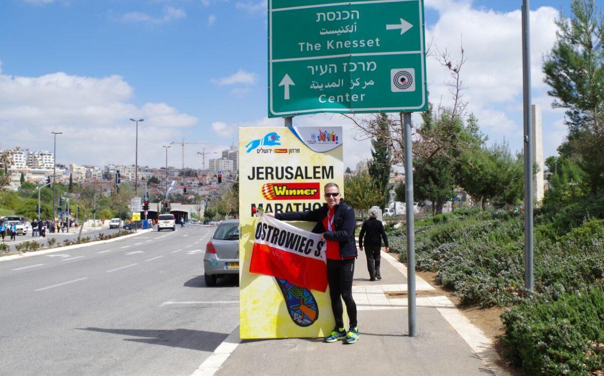 Odcinek 21 jest rozmową z Piotrem Dasios na temat maratonu w Jerozolimie