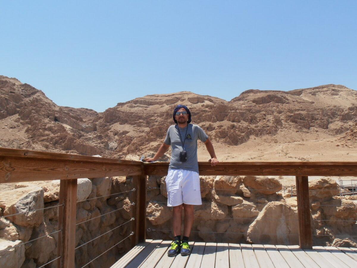 Odcinek 24 jest rozmową z Michałem Szczepaniakiem o Qumran i ekstremalnych przeżyciach przewodnika